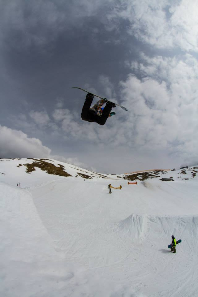 Keep-Snowboarding-Jonel-Backside-Air