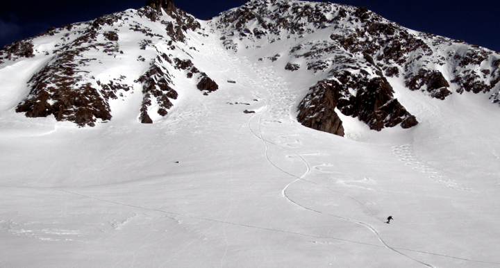 Riding-the-main-couloir
